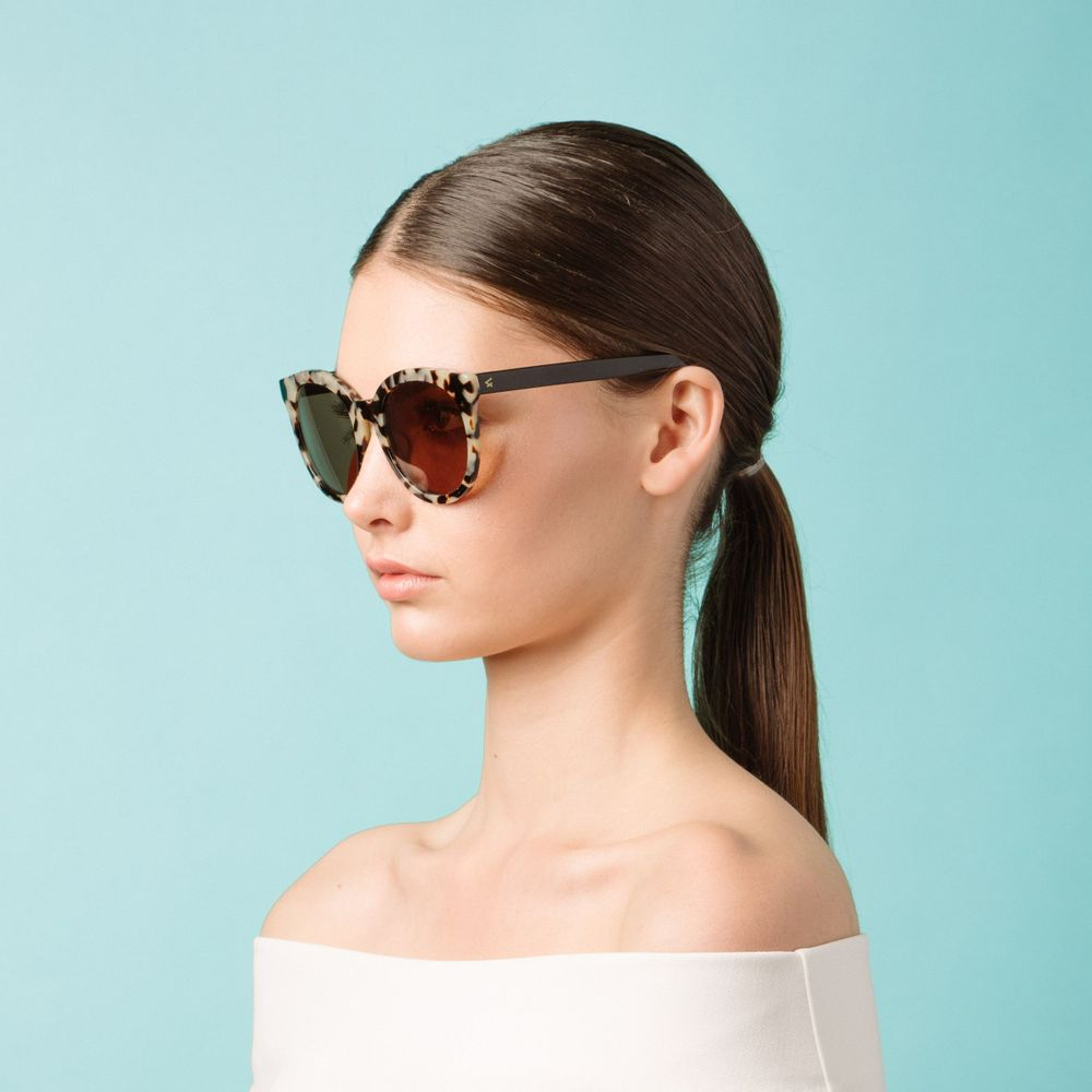 sunglasses campaign shot by Bill Chen photographer