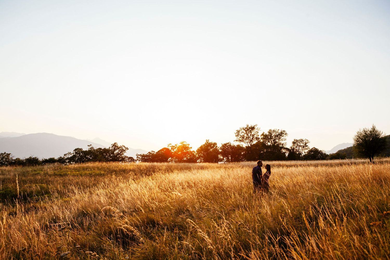 adventure session engagement photography in Northern Tuscany by wedding photographer Elizabeth Armitage