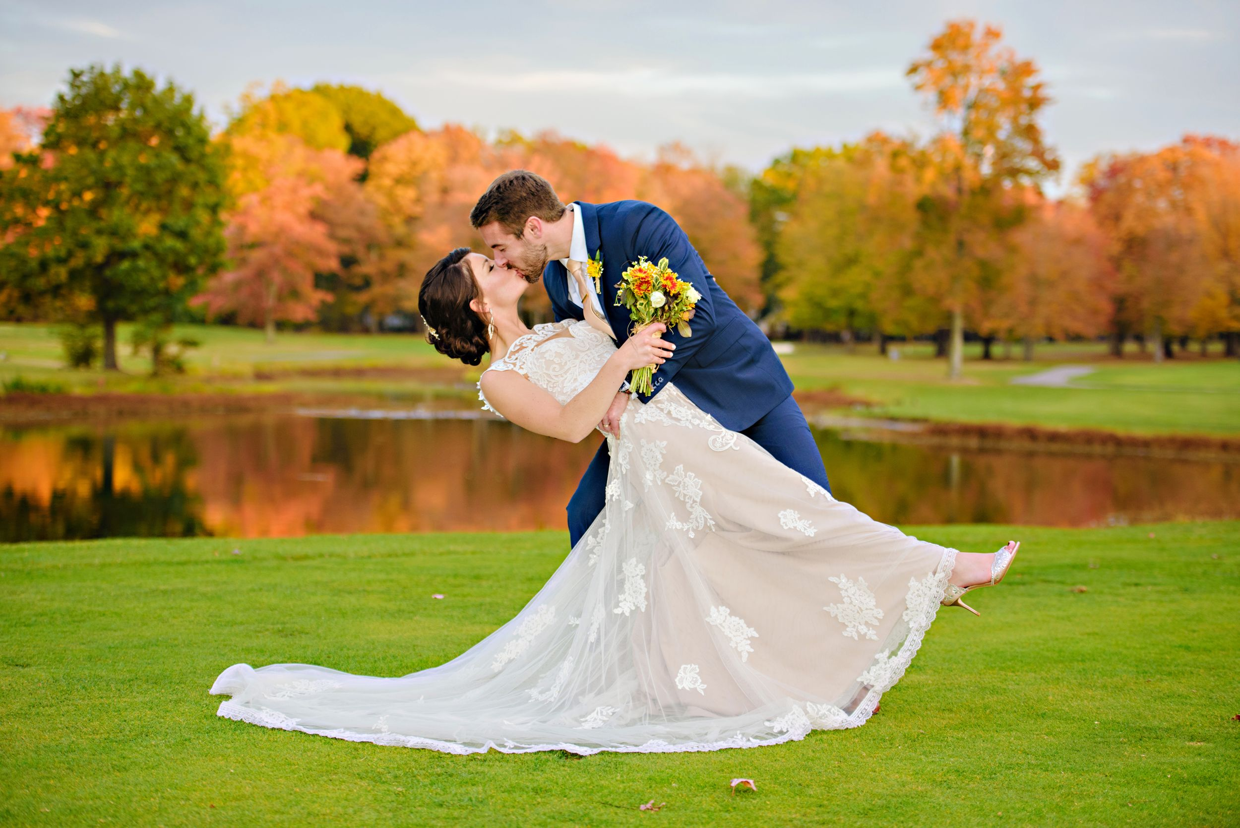 October wedding in Ohio at Tanglewood Country Club