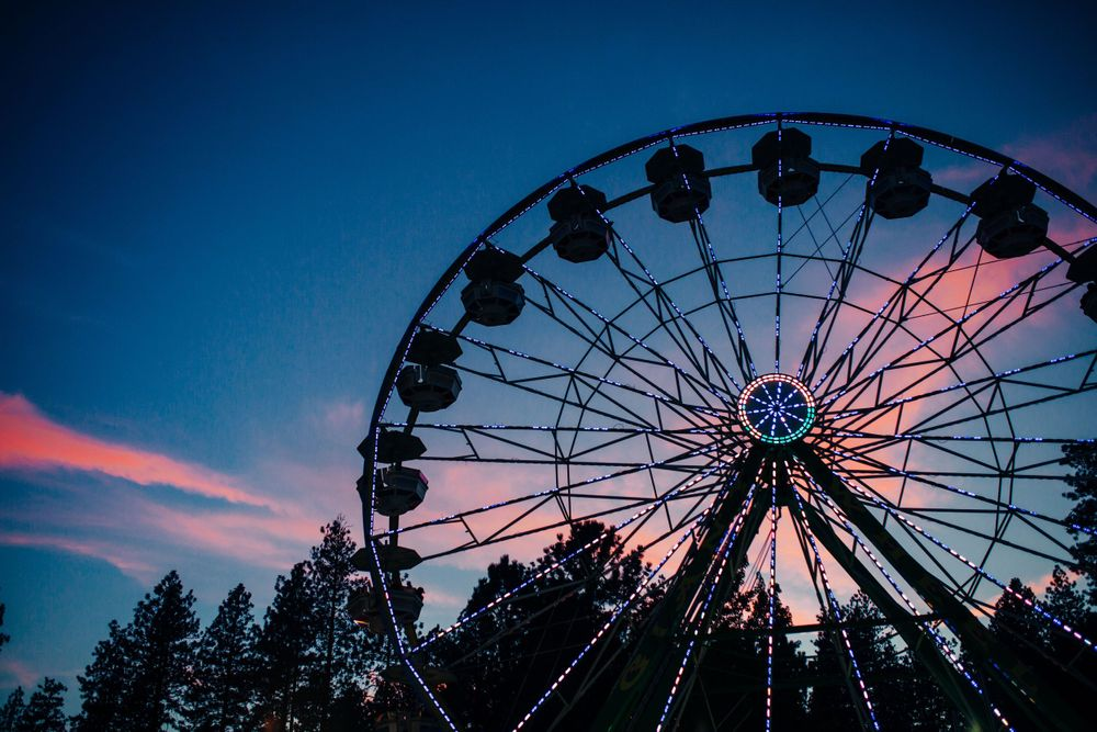 Ferris Wheel at Twilight photo by Lenka Vodicka of Lenkaland Photography at the Nevada County Fairgrounds