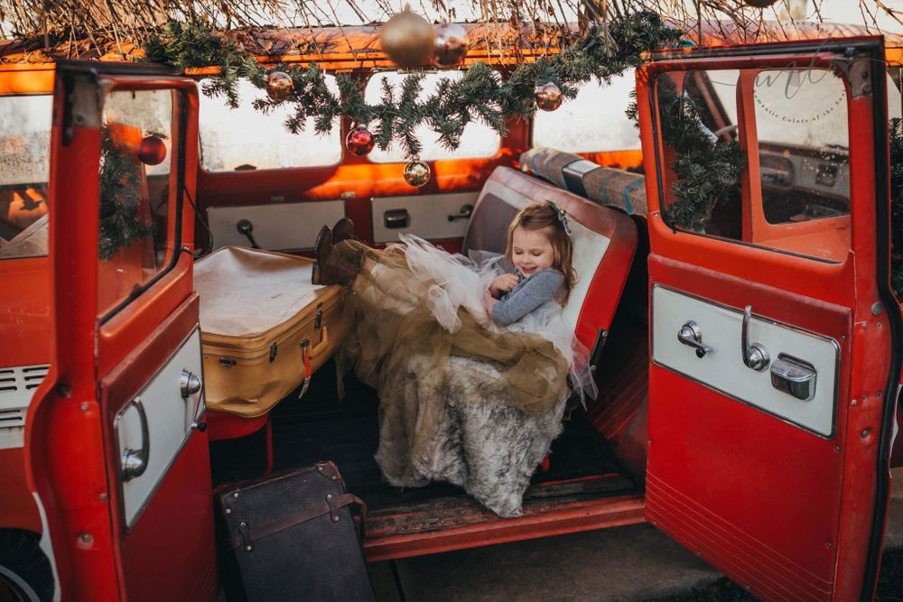 Van Christmas photo, Soulful Hues Photography Spokane WA