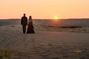 Intimate Engagement and Wedding Photography_Bruneau Sand Dunes Idaho