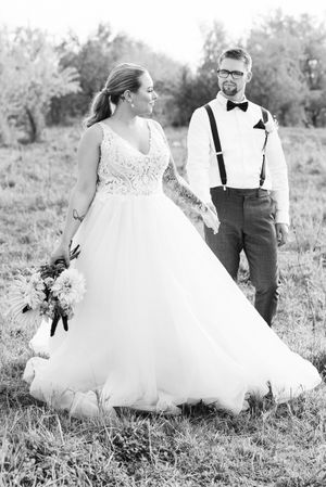 Wedding Flowers FiftyFlowers / Wedding Dresses Bridal by Marie/ Wedding Venue / Idaho Wedding and Portrait Photographer