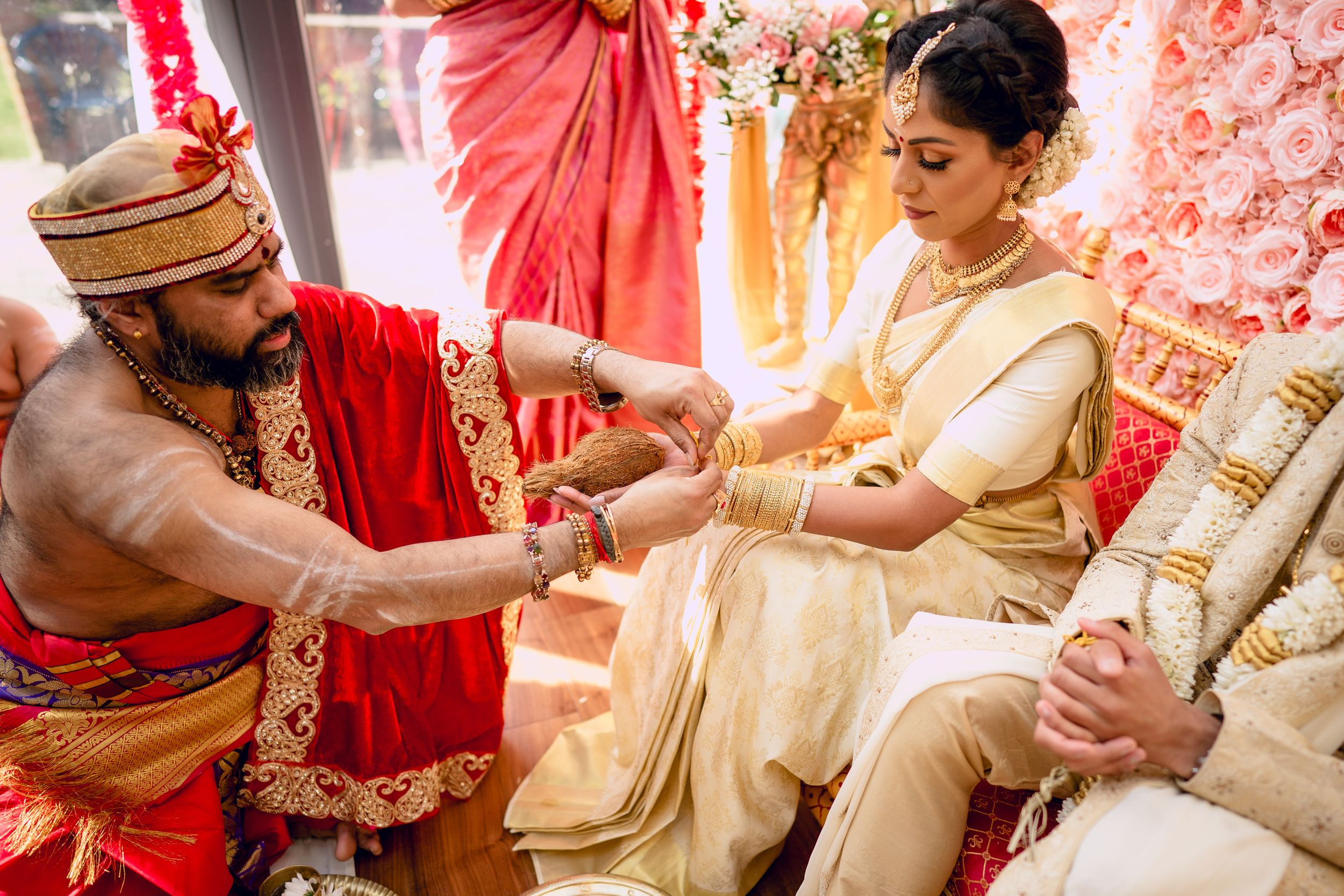 HINDU TAMIL WEDDING PHOTOGRAPHY BY TAMIL WEDDING PHOTOGRAPHER SHERAZ KHWAJA