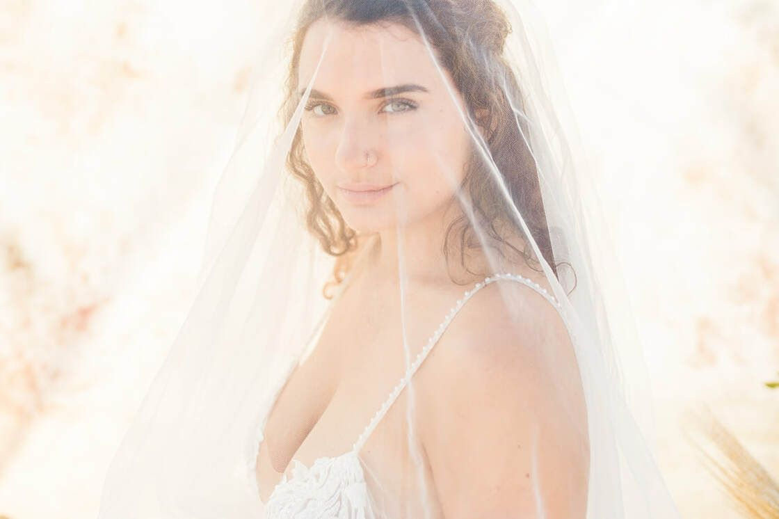 under veil bridal portrait for boho styled shoot with ivory & beau on tybee island, ga