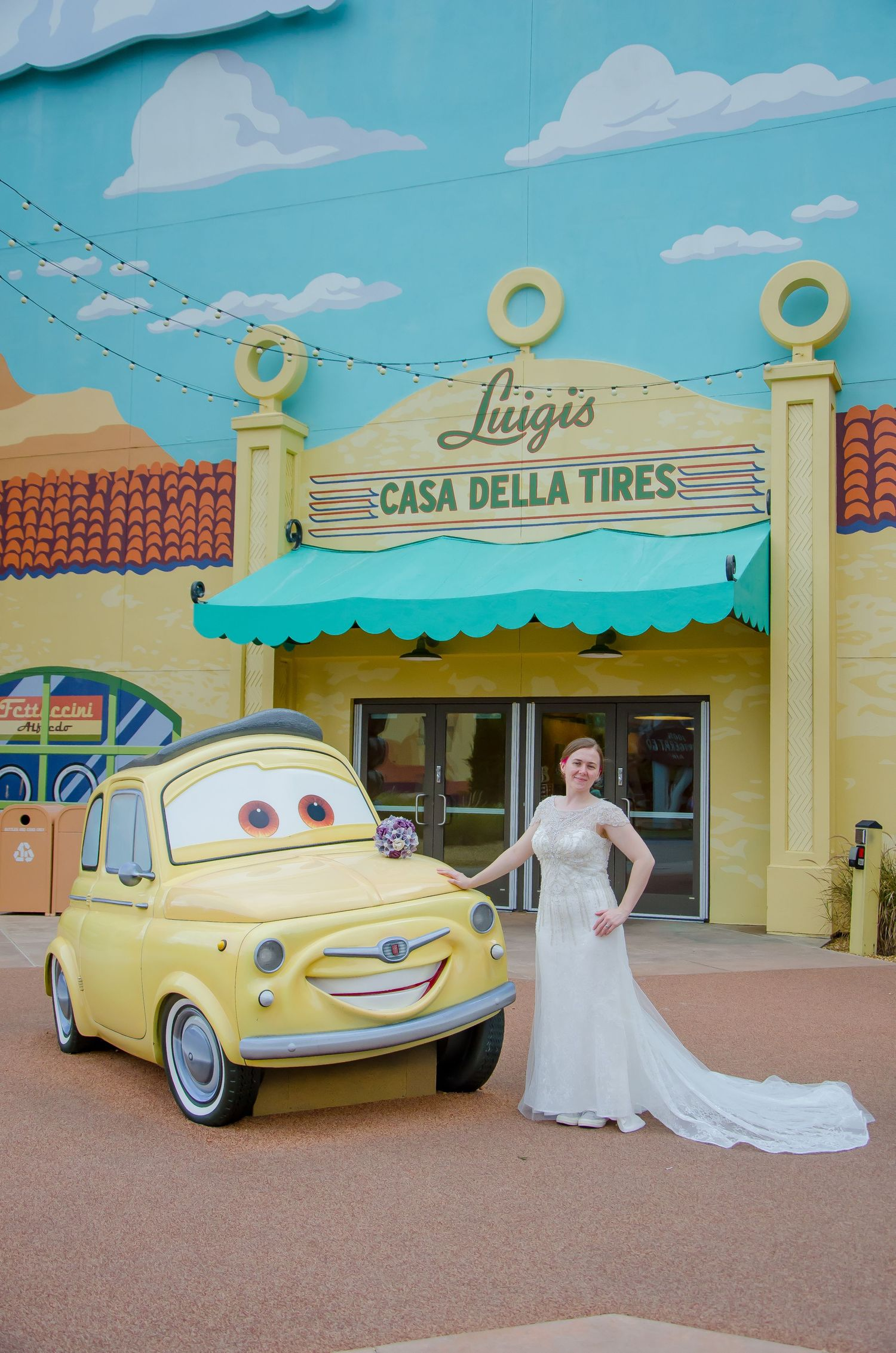Michelle-Vazul-Photography-Disney-Wedding-Art-Of-Animation