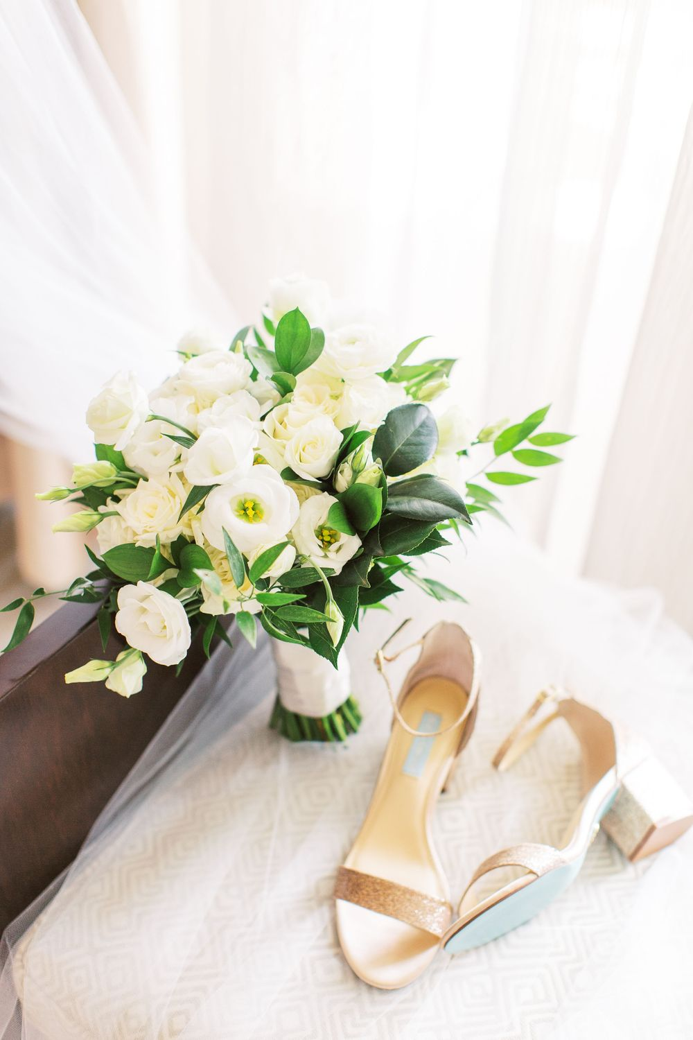 bridal bouquet and betsey johnson shoes styled at the westin resort on hilton head island, sc