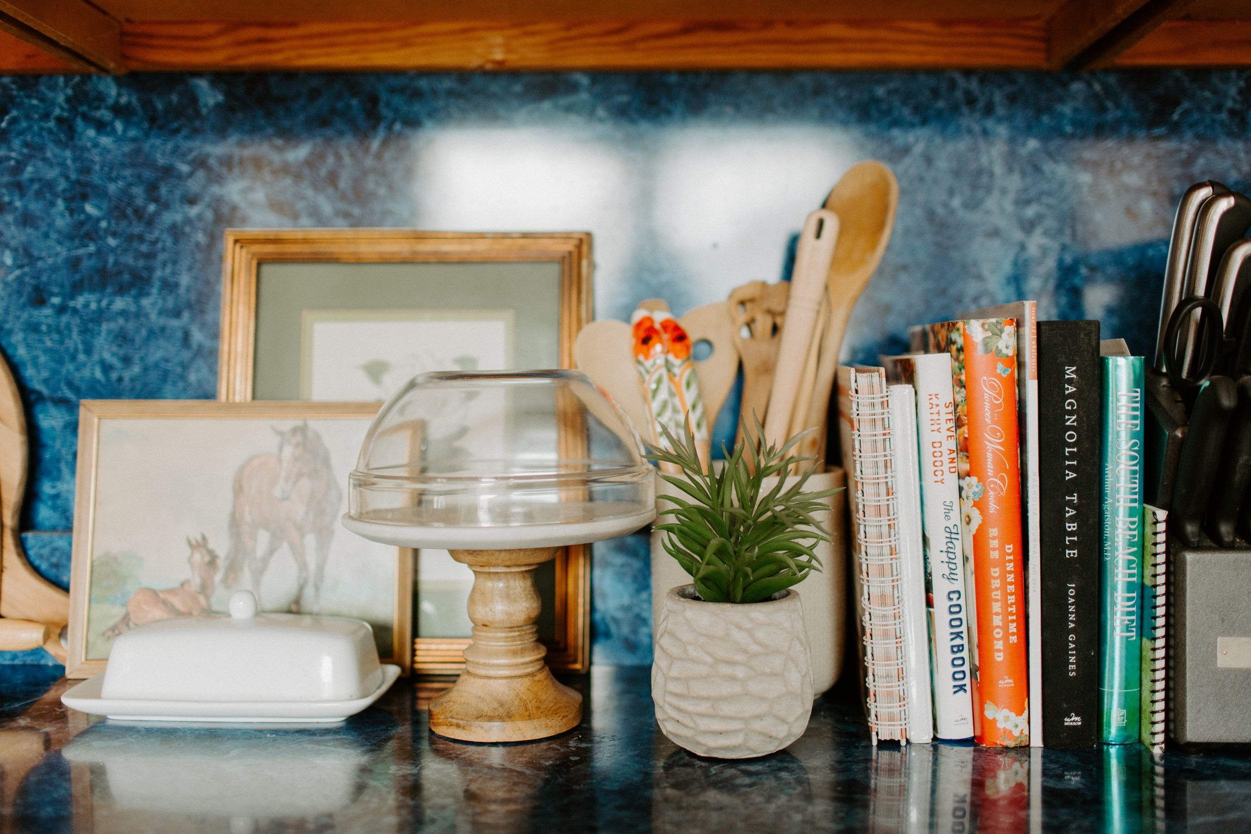 tips for being productive and working from home katie graham photography traveling destination wedding photographer
