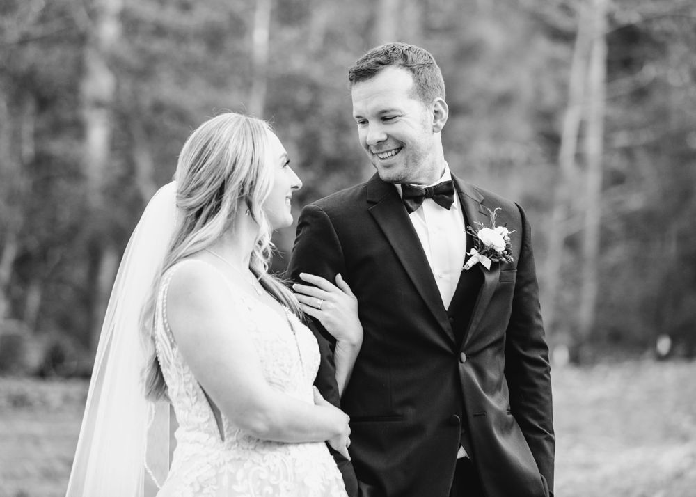 Richmond Virginia Bride Wedding photographer high end classic Emily Butz Samantha Tyler Realty photography photographer