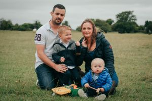 Zara Davis Photography Stroud Gloucestershire Cotswolds Family two boys