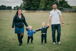 Zara Davis Photography Stroud Gloucestershire Cotswolds Family all together