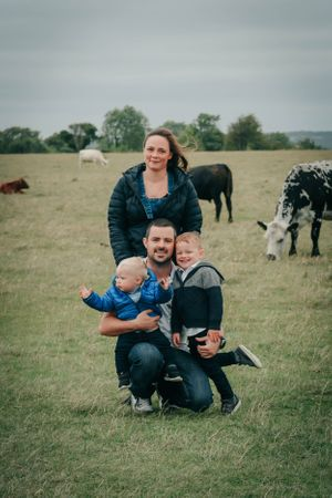Zara Davis Photography Stroud Gloucestershire Cotswolds Family and cows