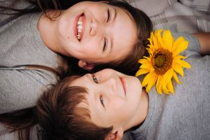 Zara Davis Photography Stroud Gloucestershire Cotswolds Family sunflowers brother sister