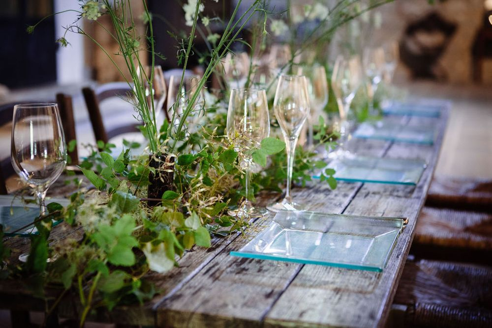 modern and alternative wedding table settings in Italy