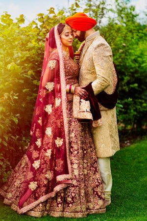 osmaston park sikh wedding couple