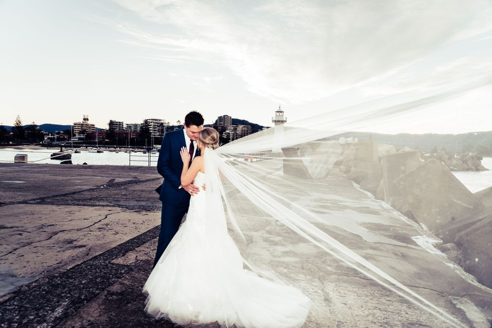 wollongong lighthouse wedding veil