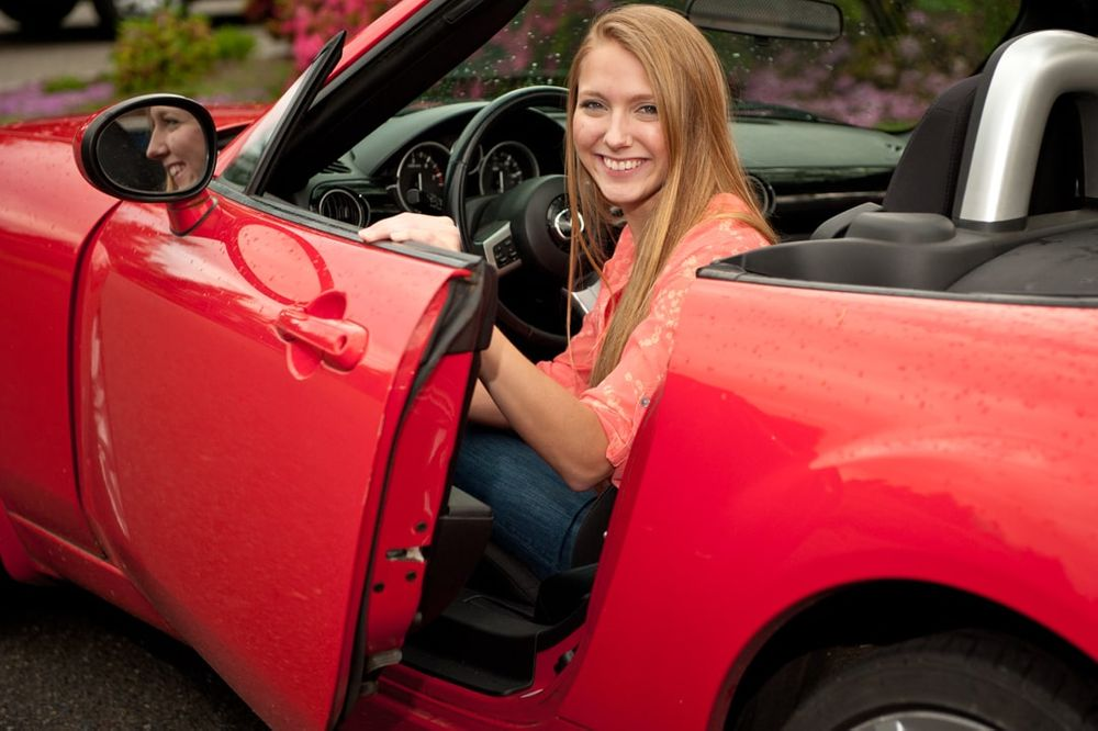 high school senior female portrait in mazda miata