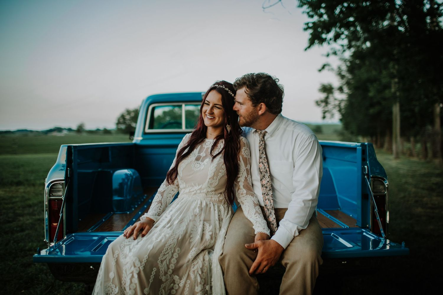 Moody wedding photography Lexington central KY Kentucky unique engagement session elopement near me local photographer