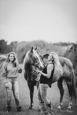 Angie Wilson with her daughhter and barrel racing mare Joey © Meg McGuire Equine Photography