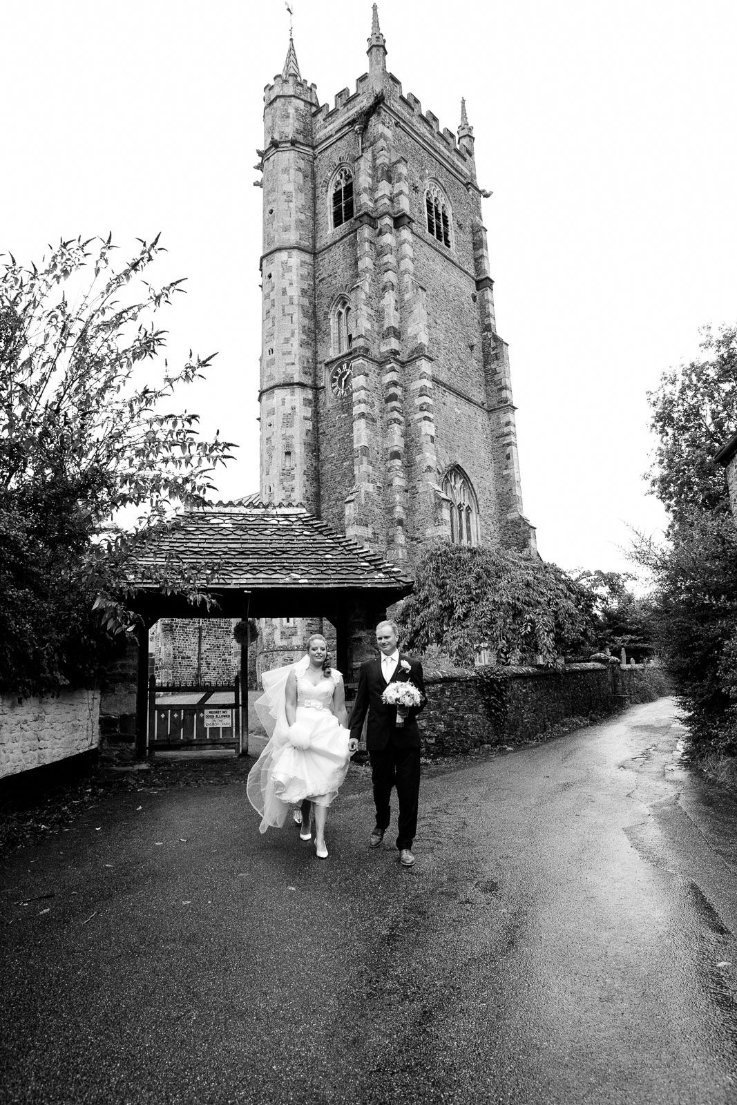 small village wedding in Devon