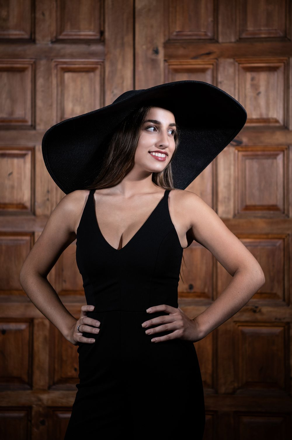 Black Floppy Hat, Villa Bellezza Winery in Pepin, Kathleen Murphy Photography