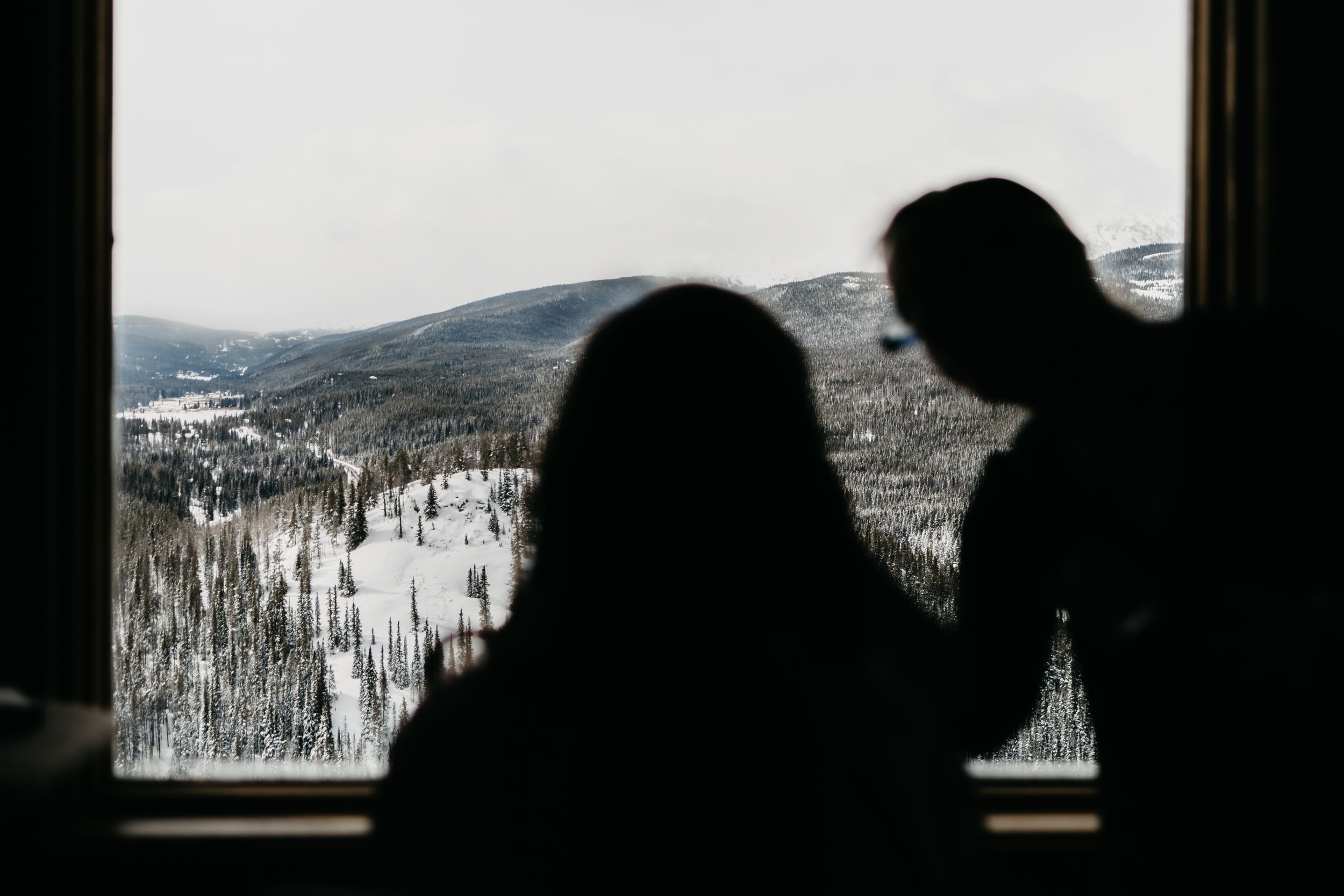 Breckenridge, Wedding, Getting ready, portraits, the lodge, colorado, photographer, details, best CO weddings,  winter