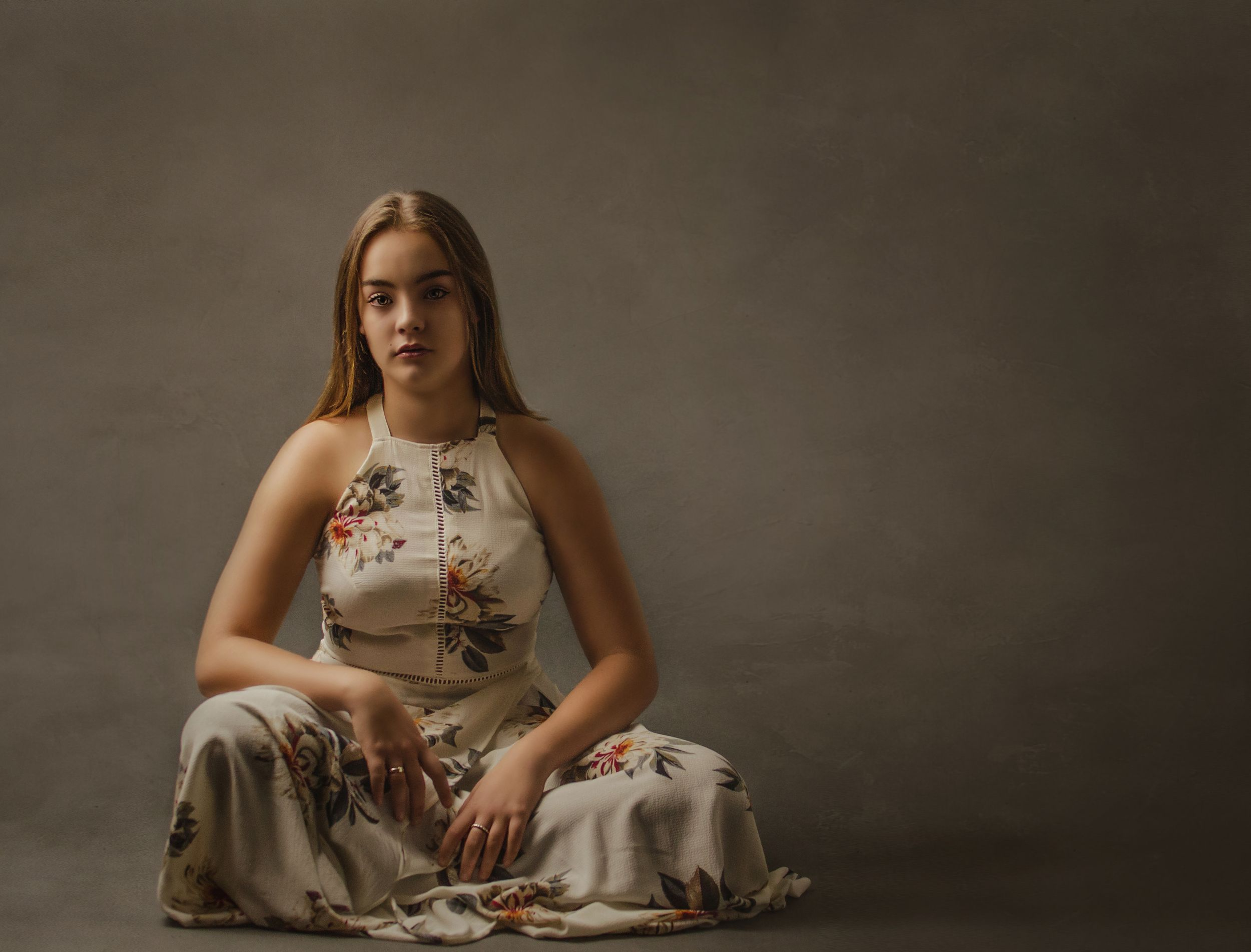 Glamour/Heirloom | Fine Art Portrait Photographer located in Cobourg, ON