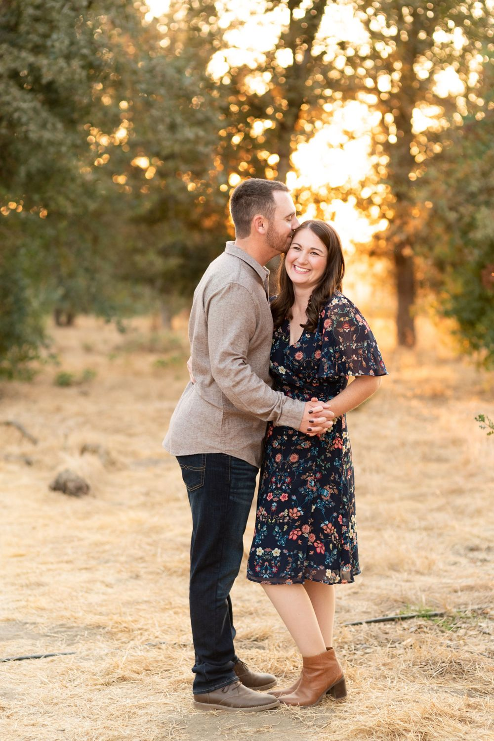 Sunset family session at Kaweah Oaks