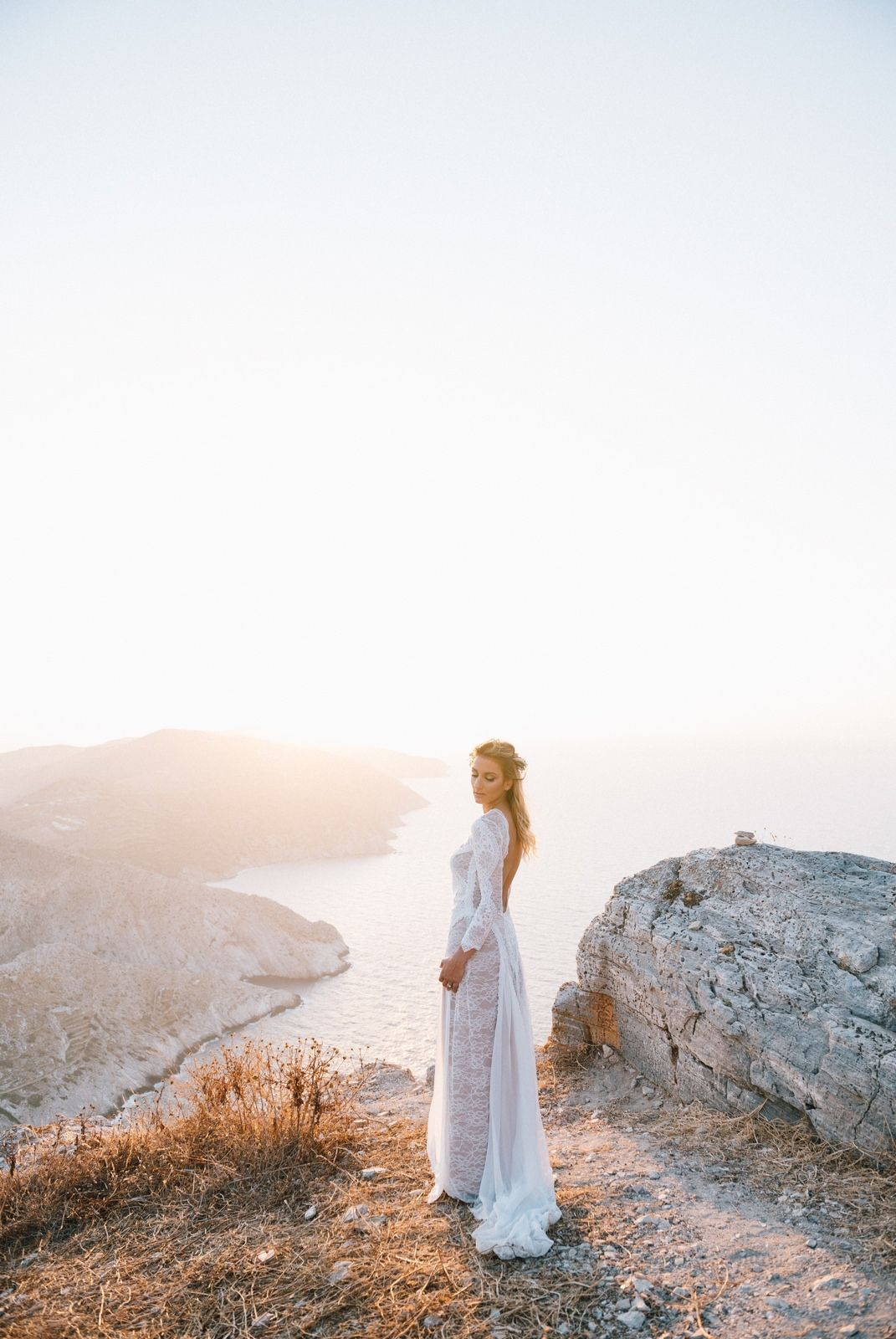 bride portrait at folegandros