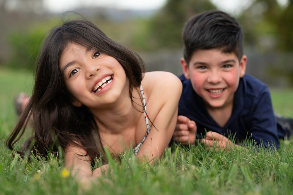 Portraits Kids Children Relaxed Happy Siblings