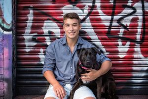 plymouth ma senior portraits with dog | graffiti, downtown plymouth | heidi harting photography