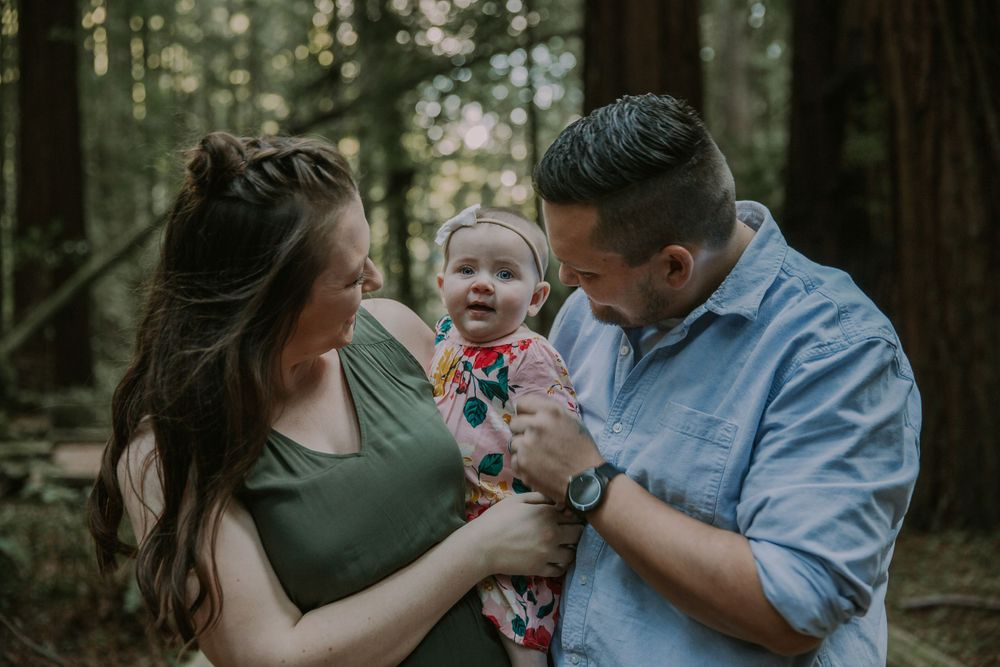 rebecca skidgel photography armstrong redwoods engagement family baby and smiling parents love