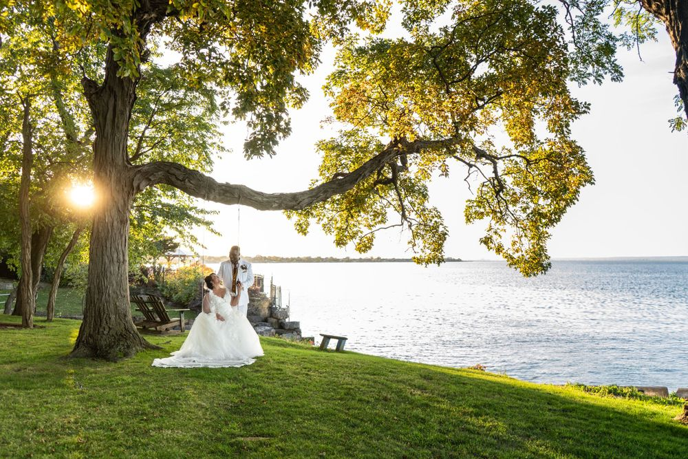 Bride groom portrait on swing at Liuna gardens in stoney creek by alexis Burton photographer