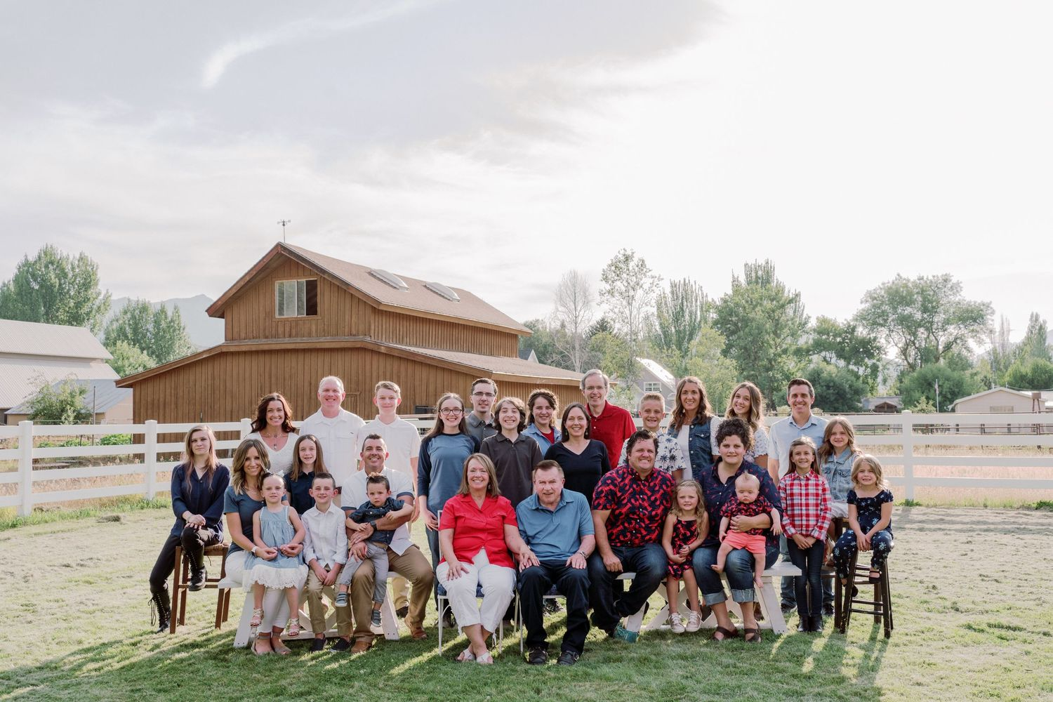 extended family photography session shoot photo Utah kaysville Huntsville