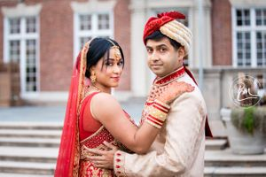 the couple donned traditional Indian garb for the Hindu ceremony