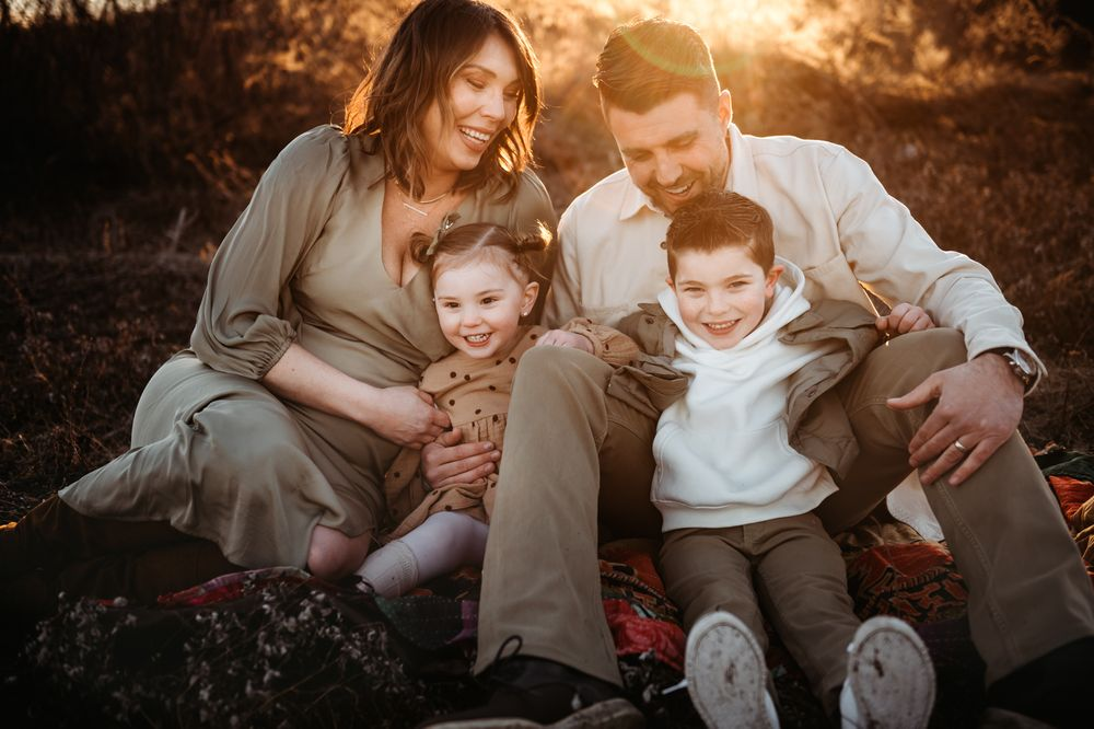 outdoor family session in Morris county