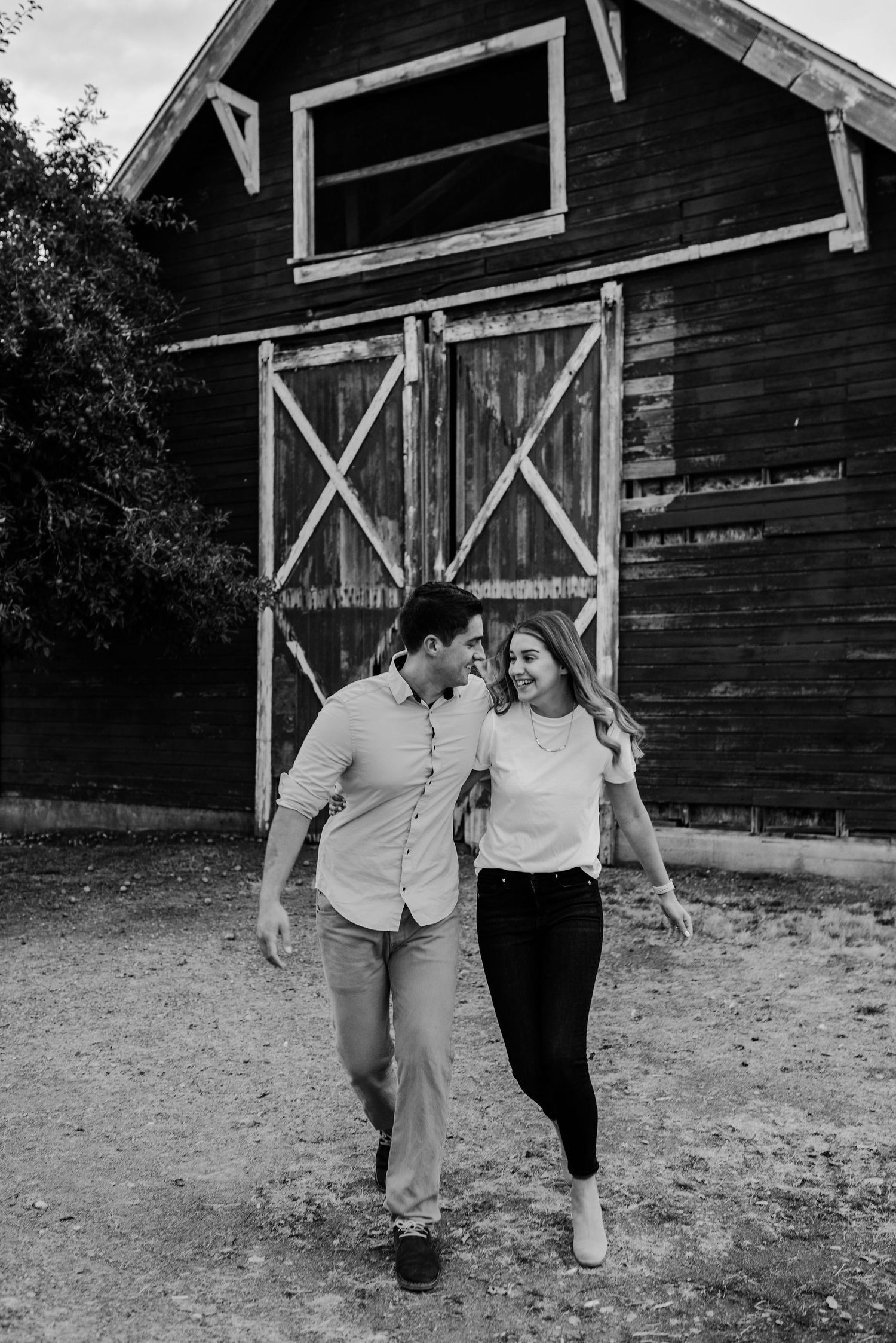 fort steilacoom engagement photography
