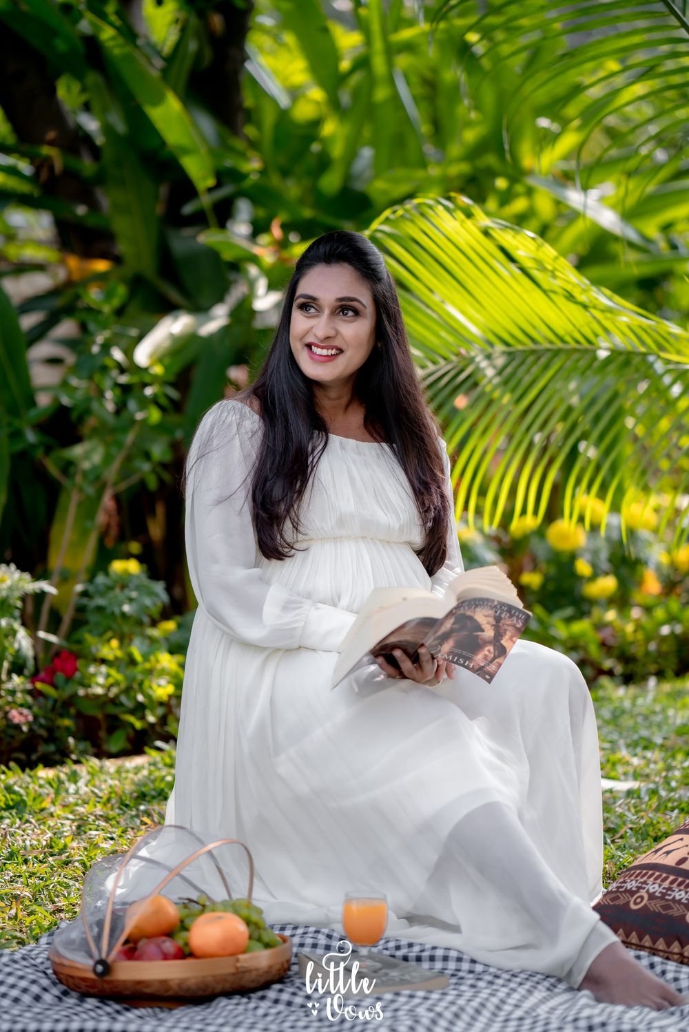 maternity photographer hyderabad, maternity photographer hyderabad