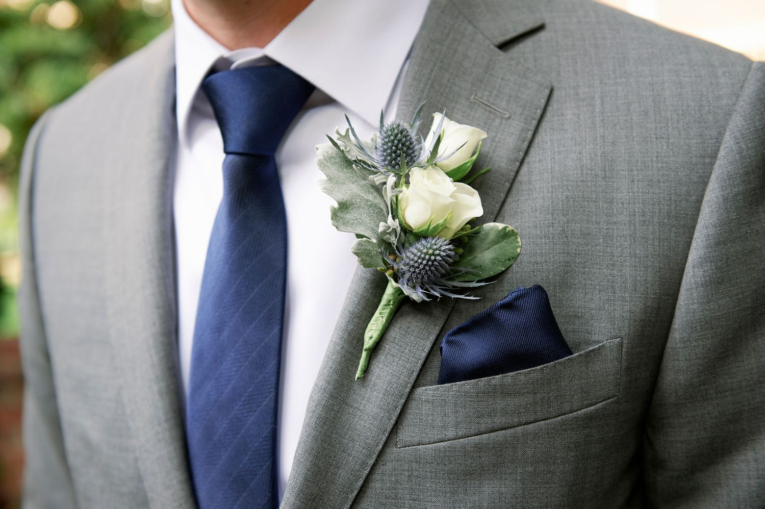 groom's boutonniere at Colonial Dames in Philadelphia