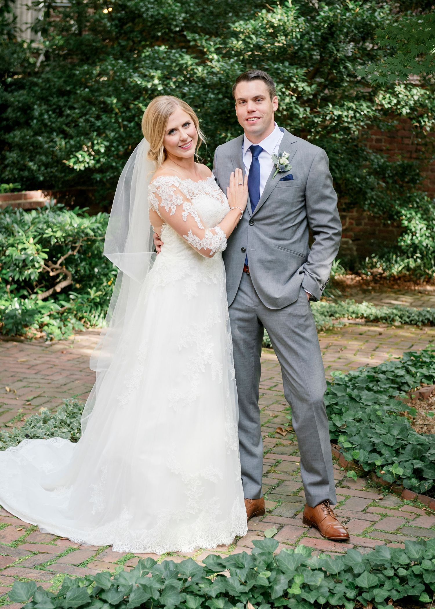 full length bride and groom portrait at Colonial Dames in Philadelphia