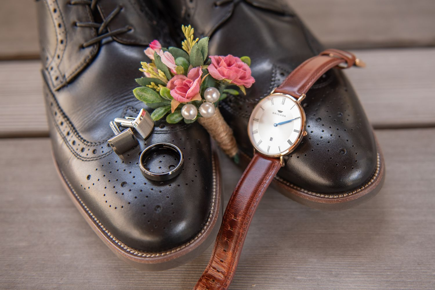 groom's shoes, watch, boutonniere, ring, and cufflinks in wauwatosa, wisconsin