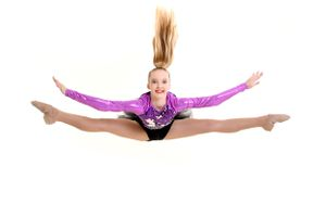 Acro dancer straddle split leap