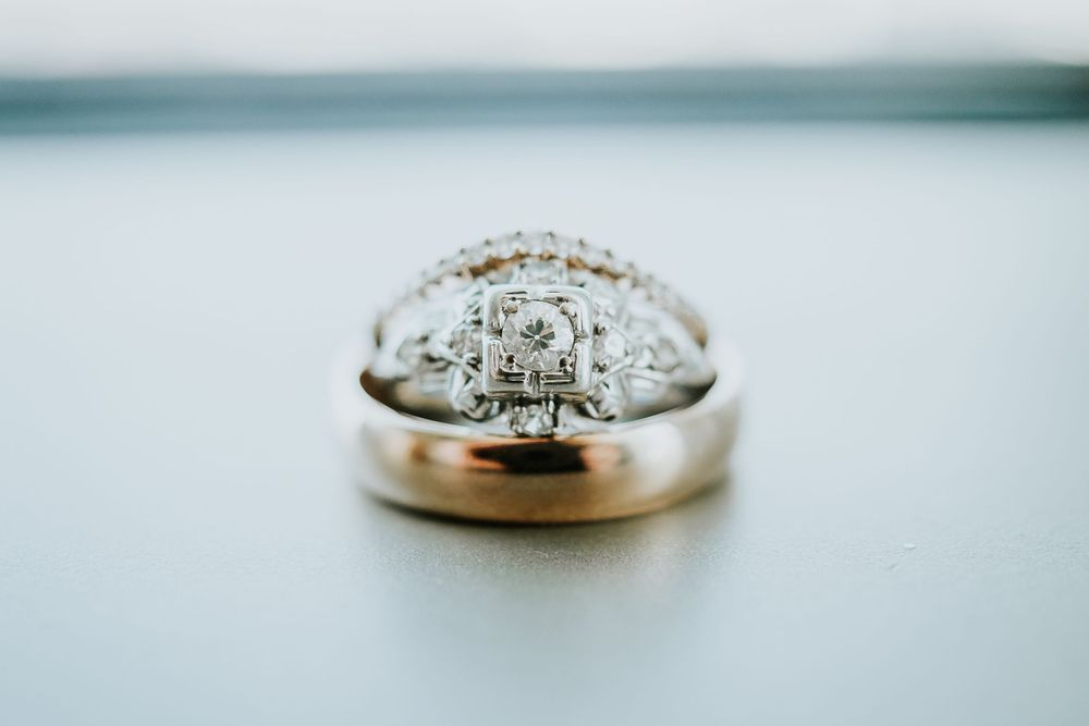 associate photographer photo of wedding rings