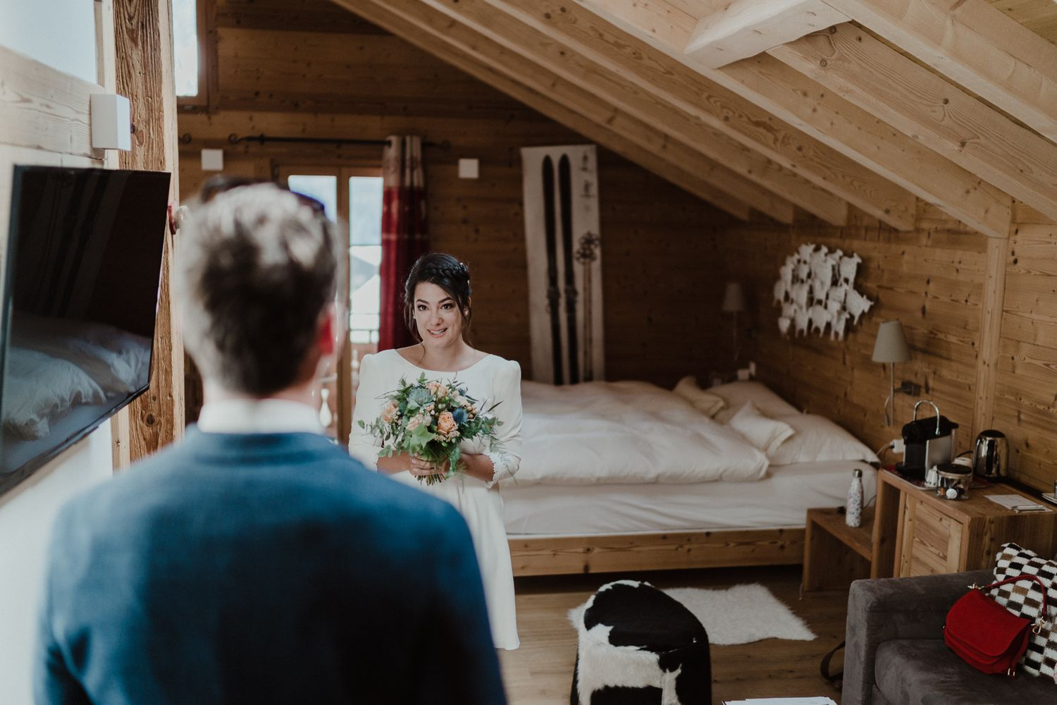 Viex-chalet Champéry first look wedding photography