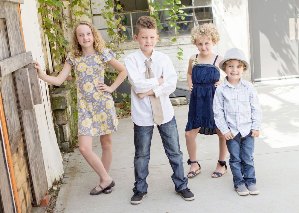 "<img src=montgomery_01"" alt=""columbus tween photography franklinton family pictures"">"