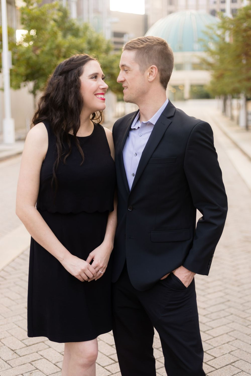 Engagement Session with city view in Dallas Arts District.