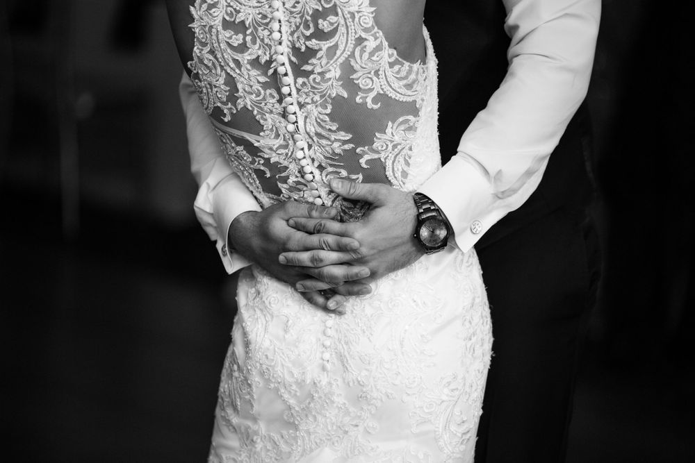 wedding photography, phila photography, jeremiad media, jere paolini, philadelphia, philly, black and white, hands, back