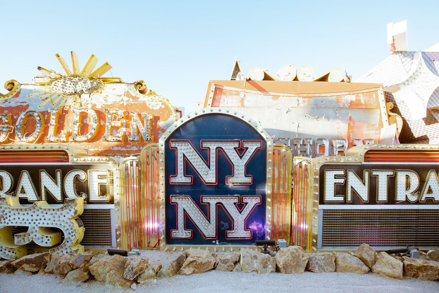 Neon Museum - Detailed shots - retired new york new york sign