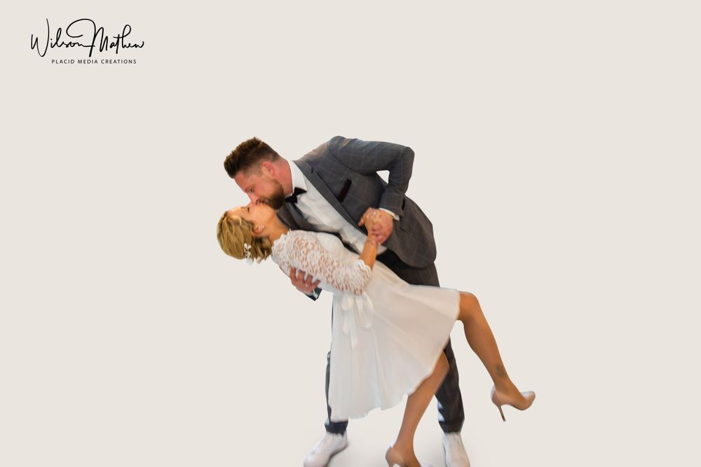 Southampton Wedding Photographer Placid Media helps couples to pose naturally. Couples smiling and laughing is natural.