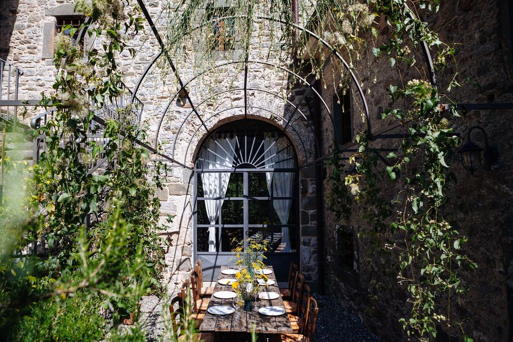 alternative wedding venues in Tuscany for small intimate weddings